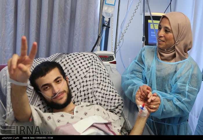 آزادی اسیر 19 ساله فلسطینی در رام الله (+عکس)