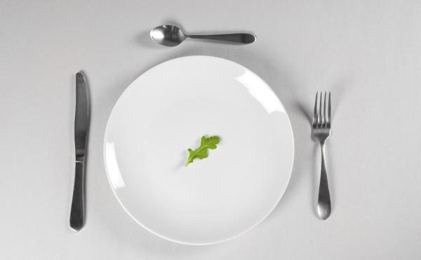 آشنایی با ۱۲ ماده غذایی ضد پیری