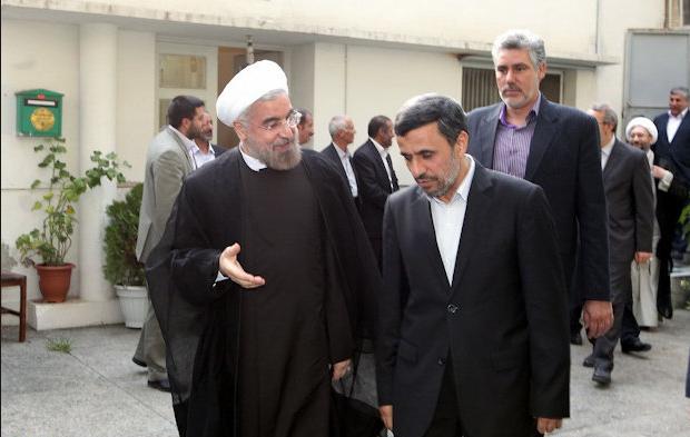 لبخند روحانی به منع احمدی نژاد