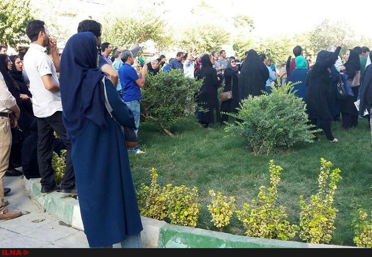 تجمع صاحبان مسکن مهر تا بعدازظهر امروز ادامه یافت (+عکس)