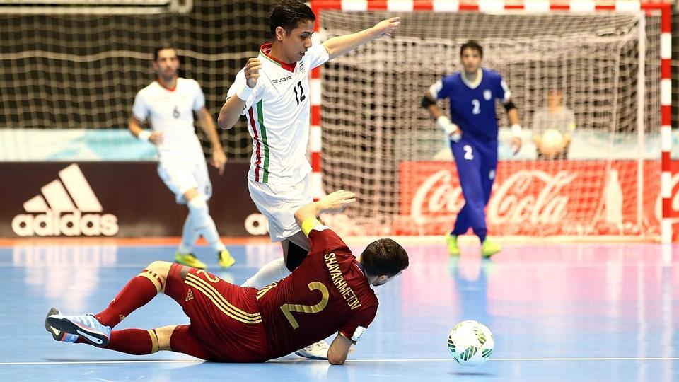 ایران 2 - 3 روسیه