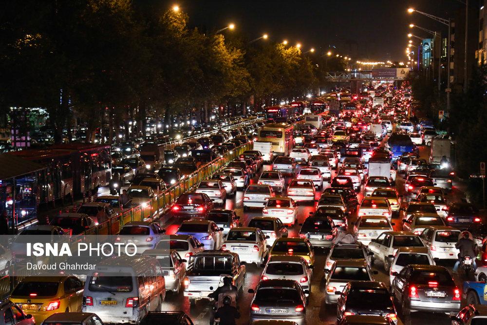 ترافیک امشب تهران پس از بارش باران (+عکس)
