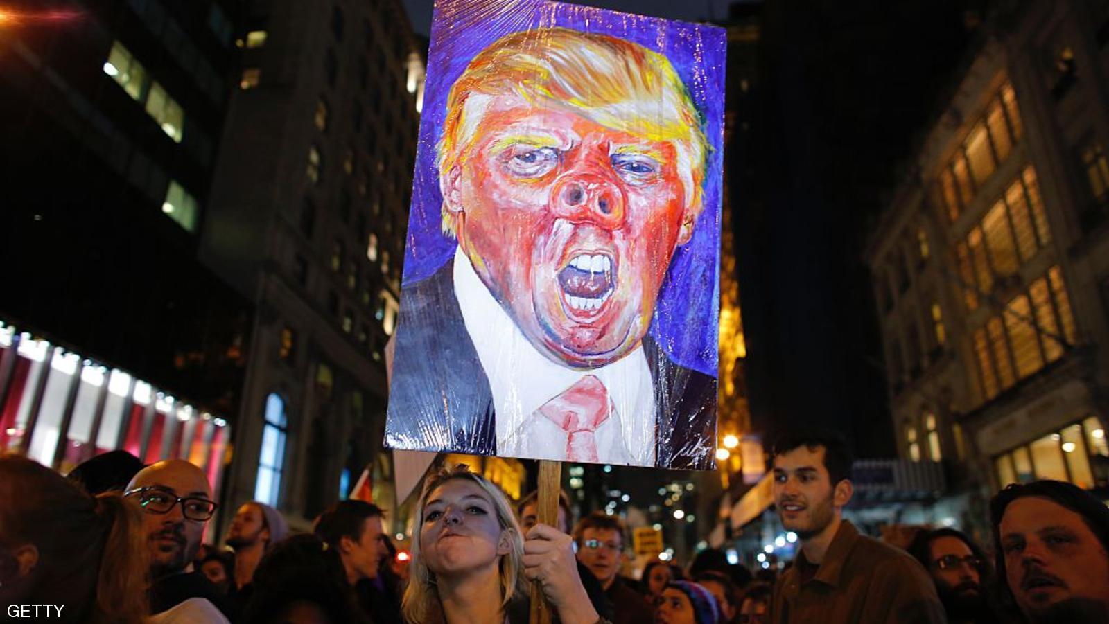 تظاهرات علیه ترامپ در چند شهر آمریکا / شعار معترضین: