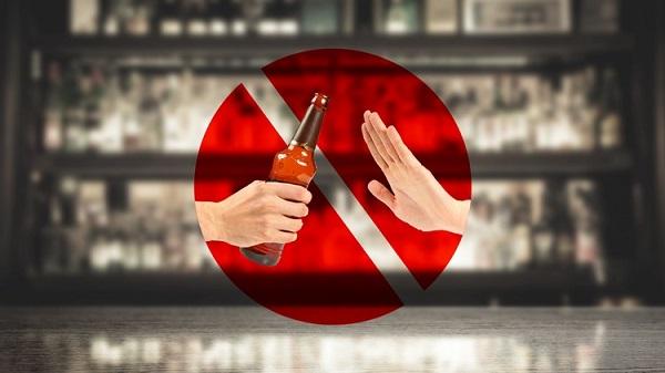 پس از ترک الکل چه اتفاقی در بدن رخ میدهد؟