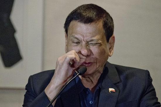 رییس جمهور فیلیپین : حمایت ترامپ از کشتار قاچاقچیان در فیلیپین