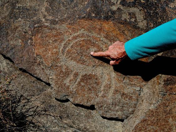 احتمال کشف قدیمی ترین سنگ نگاره های جهان در ایران (+عکس)