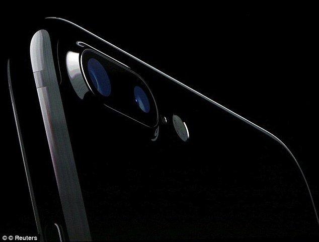استفاده از دوربین 3 بعدی در آیفون 8