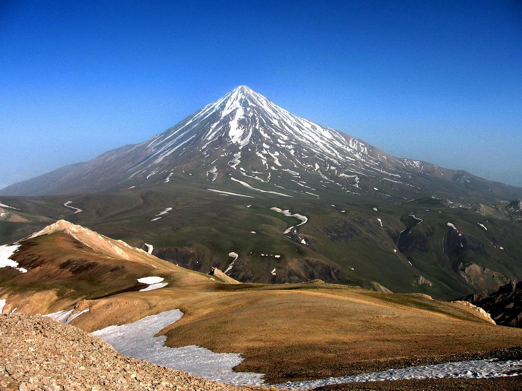 آتشفشان دماوند فعال است؛ پس احتمال آتشفشانی شدن وجود دارد