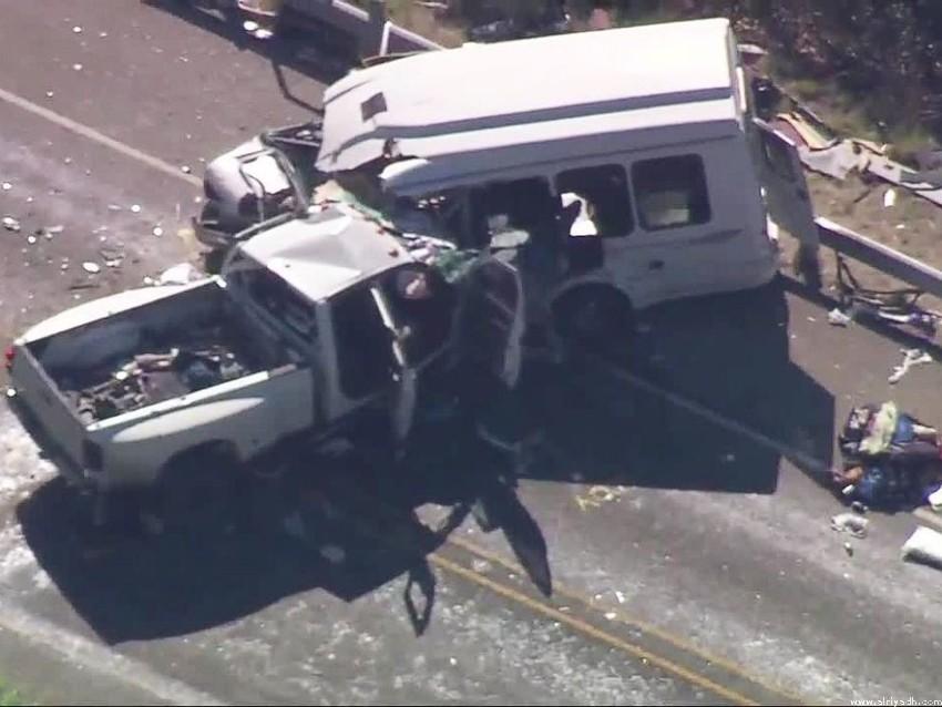 12 کشته در سانحه رانندگی در تگزاس (+عکس)