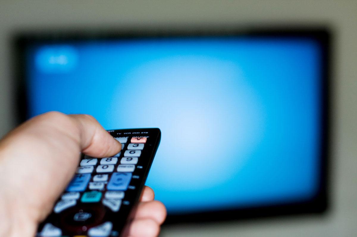 تلویزیون، قابلمه و برنامه های نوروزی