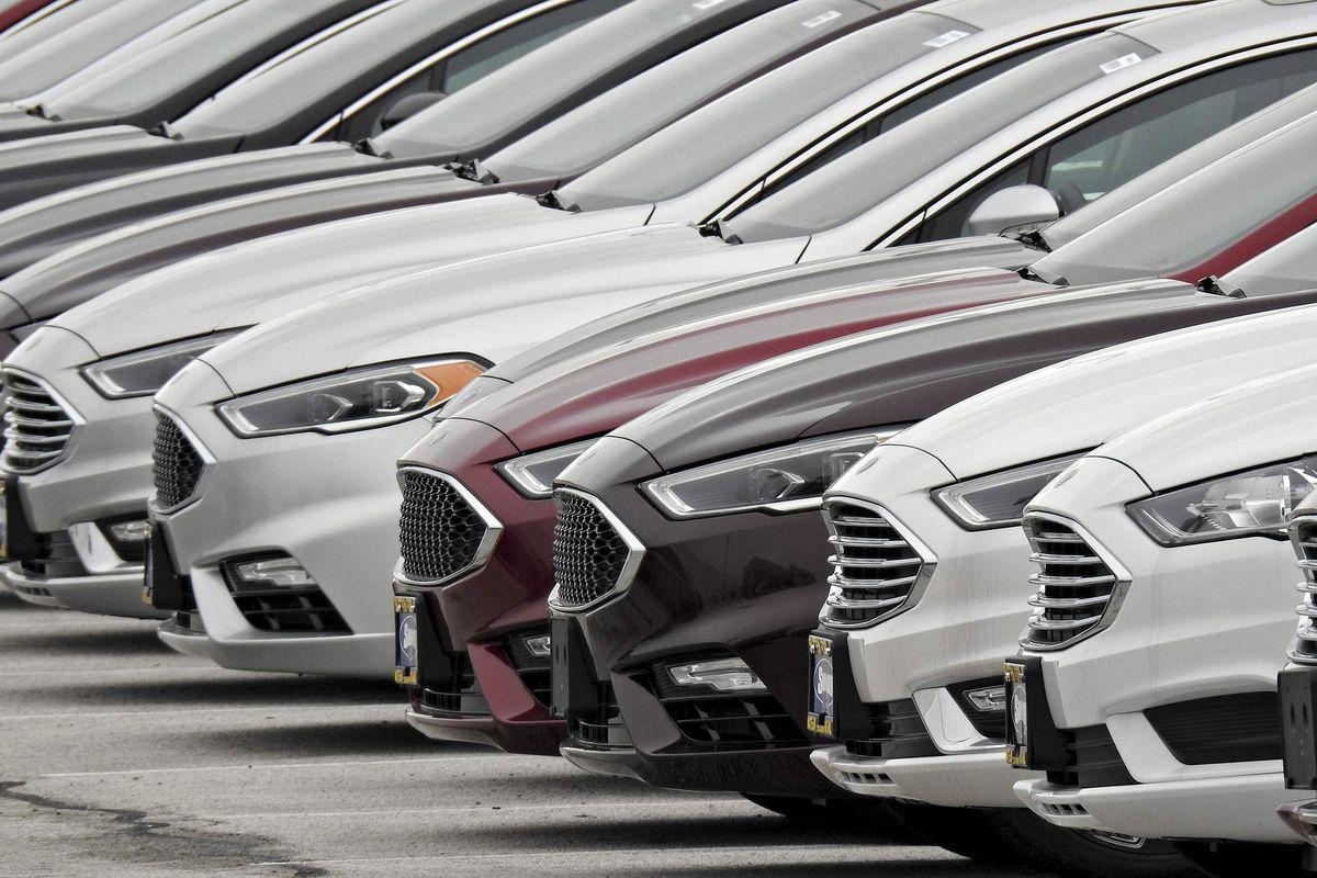 پیشبینی رکود بازار خودروی آمریکا در ماههای آینده