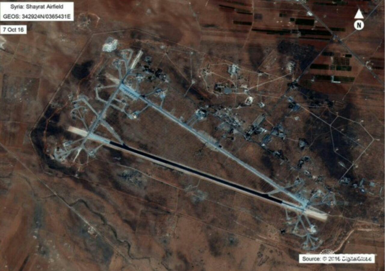حمله موشکی آمریکا به فرودگاه ارتش سوریه (+عکس و فیلم) / نابودی 9 جنگنده / استقبال فرانسه، بریتانیا، اسرائیل، ترکیه و عربستان سعودی / ایران محکوم کرد / روسیه: نقض قانون بین الملل بود/ نتانیاهو: حملات آمریکا، پیامی برای ایران بود / ترکیه: بشار اسد برکنار و دولت انتقالی تشکیل شود