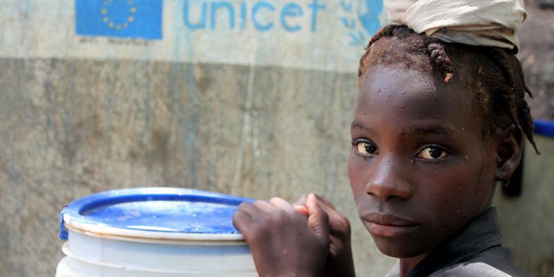 مرگ روزانه 800 کودک زیر 5 سال دنیا در اثر بی آبی
