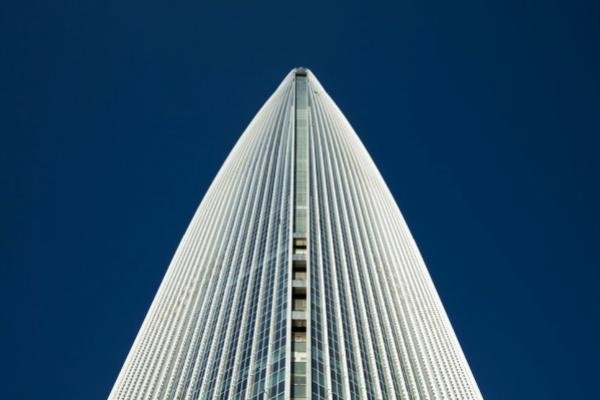 سفر به ابرها با سریعترین آسانسور دنیا (+عکس)