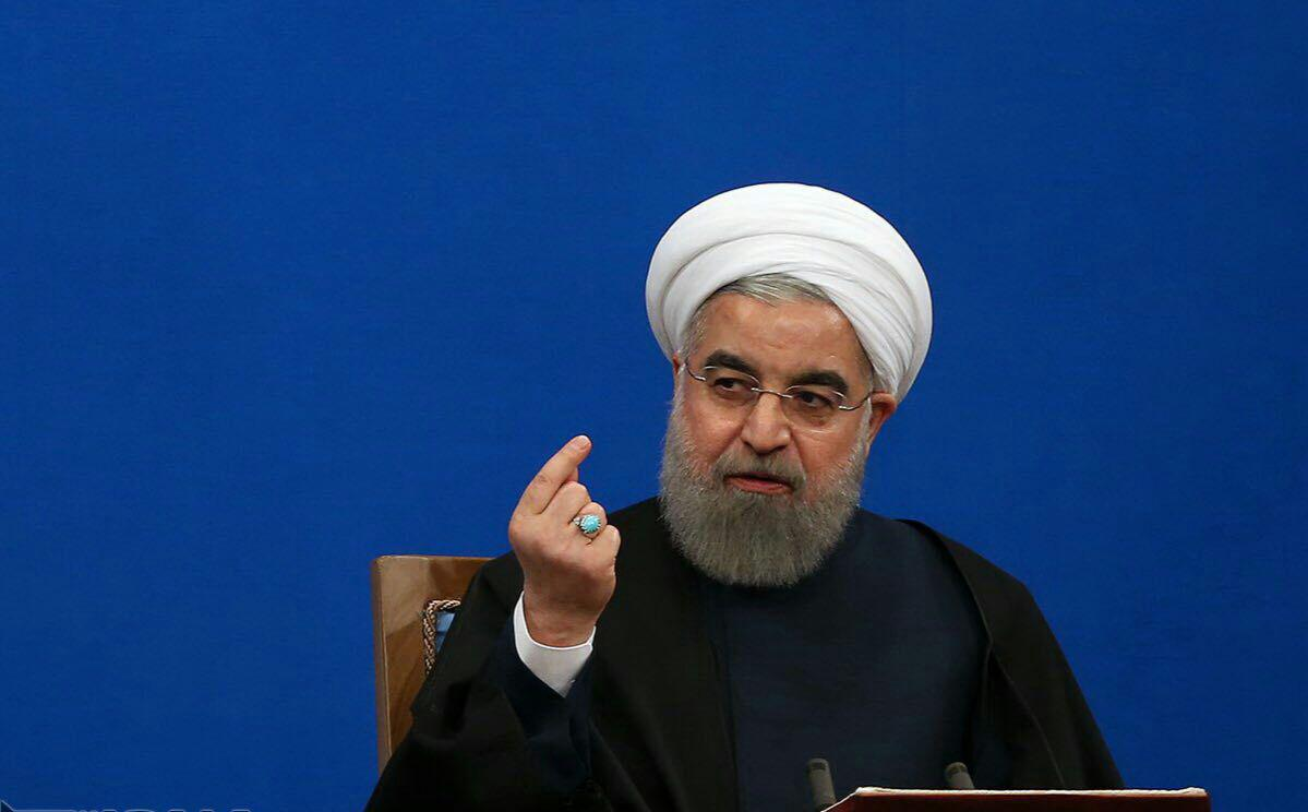 روحانی: یارانه نقدی اقشار کم درآمد طبق برنامه دولت اضافه خواهد شد
