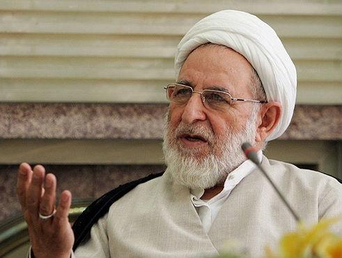 متن کامل سخنان آیت الله یزدی در باره احمدی نژاد/رهبری به اوگفته بودند نظام دارد شما را تحمل می کند