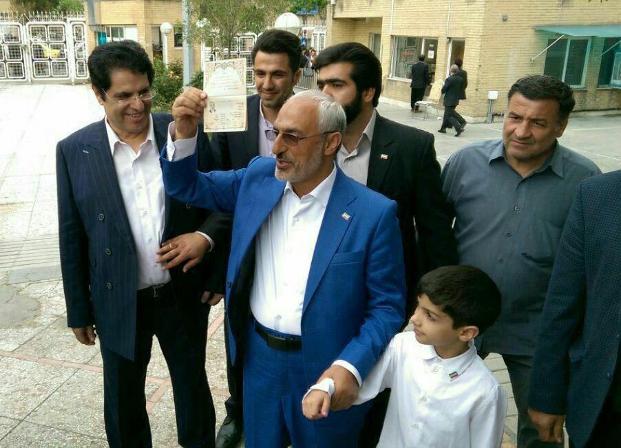 وزیر علوم احمدی نژاد کاندیدای انتخابات ریاست جمهوری شد
