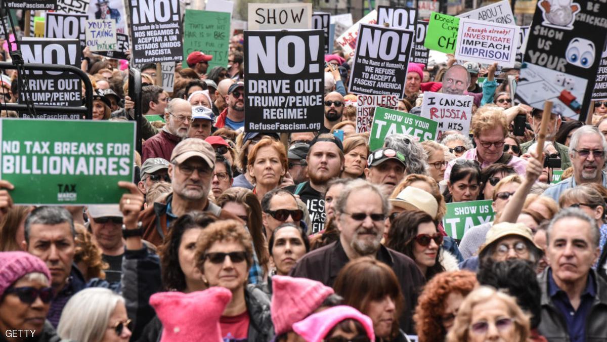 توییتی که شهرهای دنیا را ناآرام کرد / تظاهرات ضدترامپ در سراسر آمریکا و چند کشور اروپایی