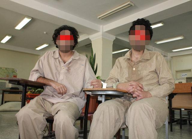 آزار اذیت دخترجوان توسط دوقلوهای مسافربرنما