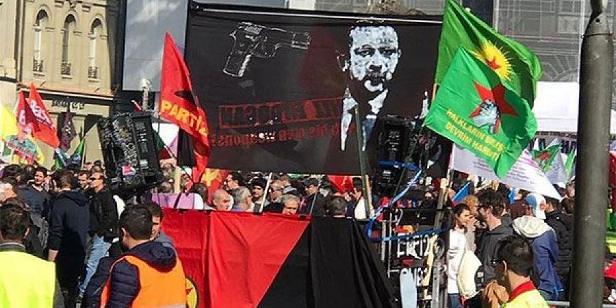 تابلوی قتل اردوغان، عامل تنش در روابط ترکیه و سوئیس (+عکس)