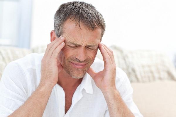 سردرد سینوسی؛ دلایل، علائم و درمان