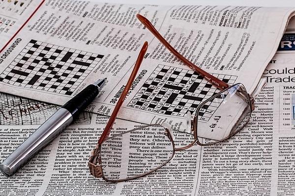 از فواید سلامت حل کردن جدول کلمات متقاطع