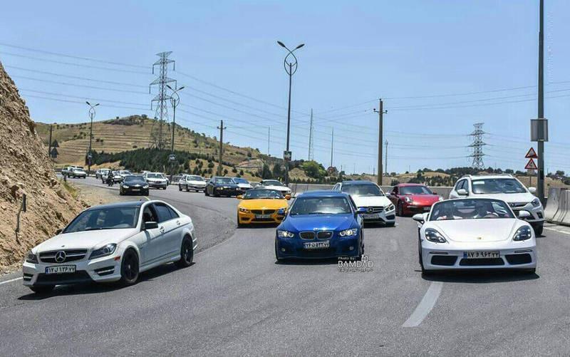خودروهای گرانقیمت آلمانی در خیابانهای تهران