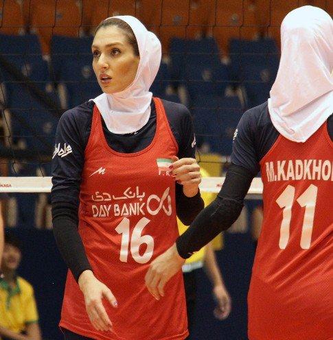 همسر کاوه رضایی در تیم والیبال شارلوای بلژیک (عکس)