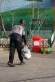 پشت دیوارهای کوه سنگی چه خبر است؟ از رفت و آمدهای مشکوک تا ساکنان بزرگترین گرمخانه تهران (+فیلم)