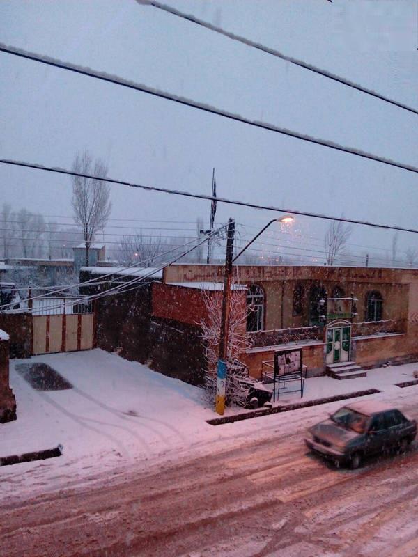 بارش اولین برف زمستانی در چالدران (عکس)