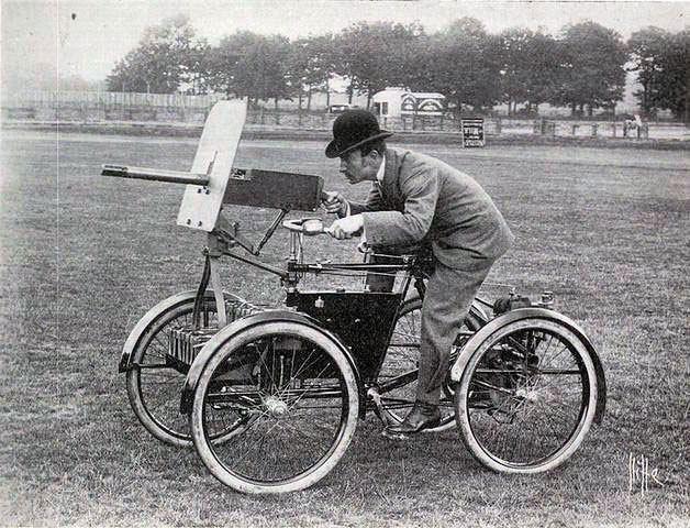 یکی از نخستین تانکهای ساخت بشر (عکس)