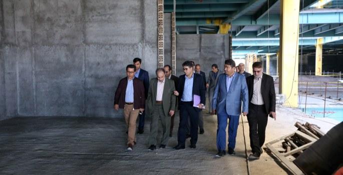 بررسي وضعيت پروژه سارينا ٢ با حضور شهردار تهران و مديرعامل سازمان منطقه آزاد كيش