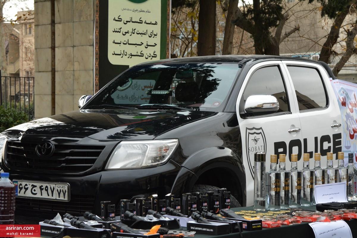 خودنمایی بچه مایه دار تهرانی با ماشین قلابی پلیس (+عکس)