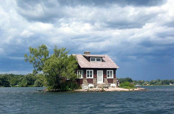 کوچکترین جزیره جهان در خلیج نیویورک (عکس)