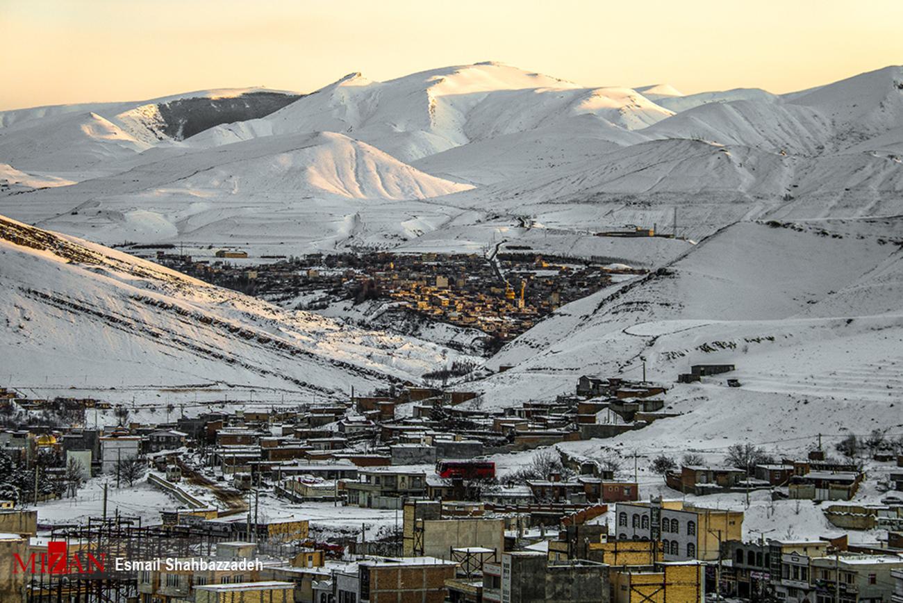 چهره برفی شهر گرمی - اردبیل (عکس)