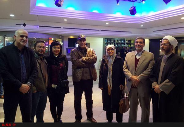 تعدادی از نمایندگان مجلس به تماشای فیلم جشن دلتنگی رفتند