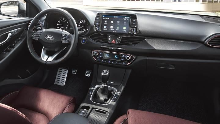 بررسی مدل فستبک هیوندای i30 مدل 2019
