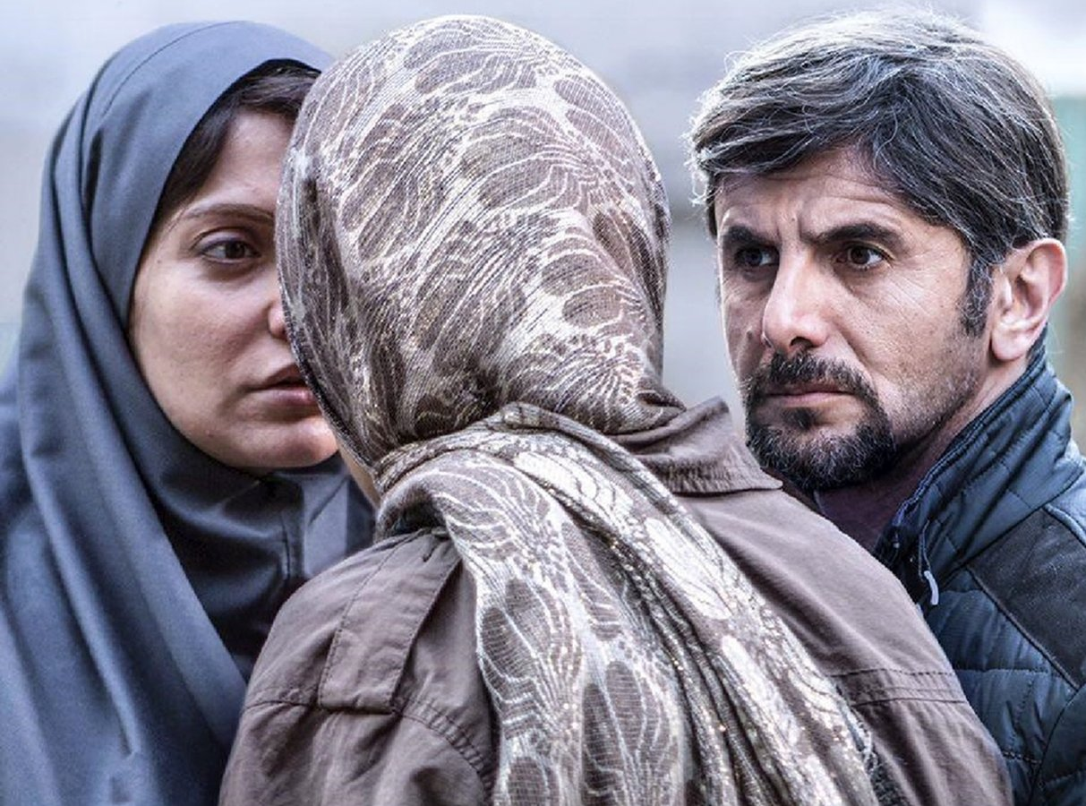 فیلمها و حاشیههای روز نهم جشنواره فجر در سینمای رسانه (+عکس)