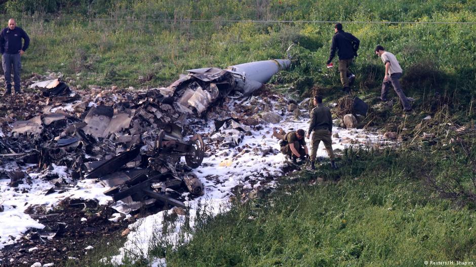 سرنگونی جنگنده اسرائیل توسط پدافند سوریه؛ ؛ 2 خلبان نجات یافتند/ اسرائیل: هدف گیری یک پهپاد ایرانی