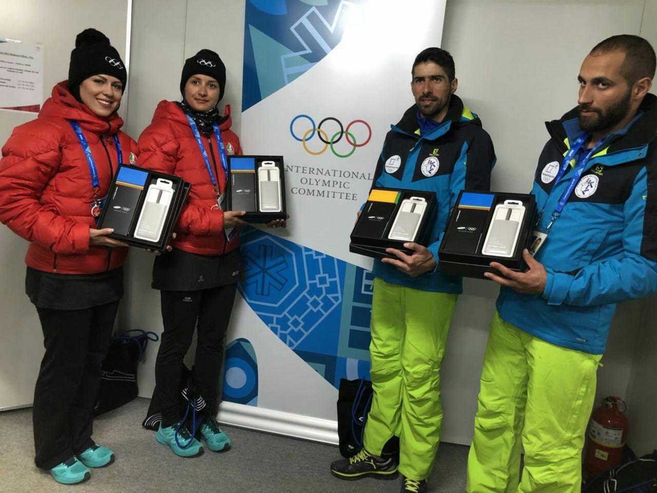 4 ورزشکار المپیکی ایران گوشی هدیه سامسونگ را دریافت کردند (عکس)