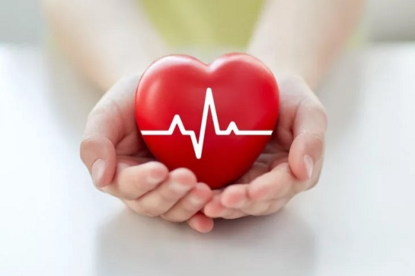 نارسایی قلبی در برابر حمله قلبی در برابر ایست قلبی