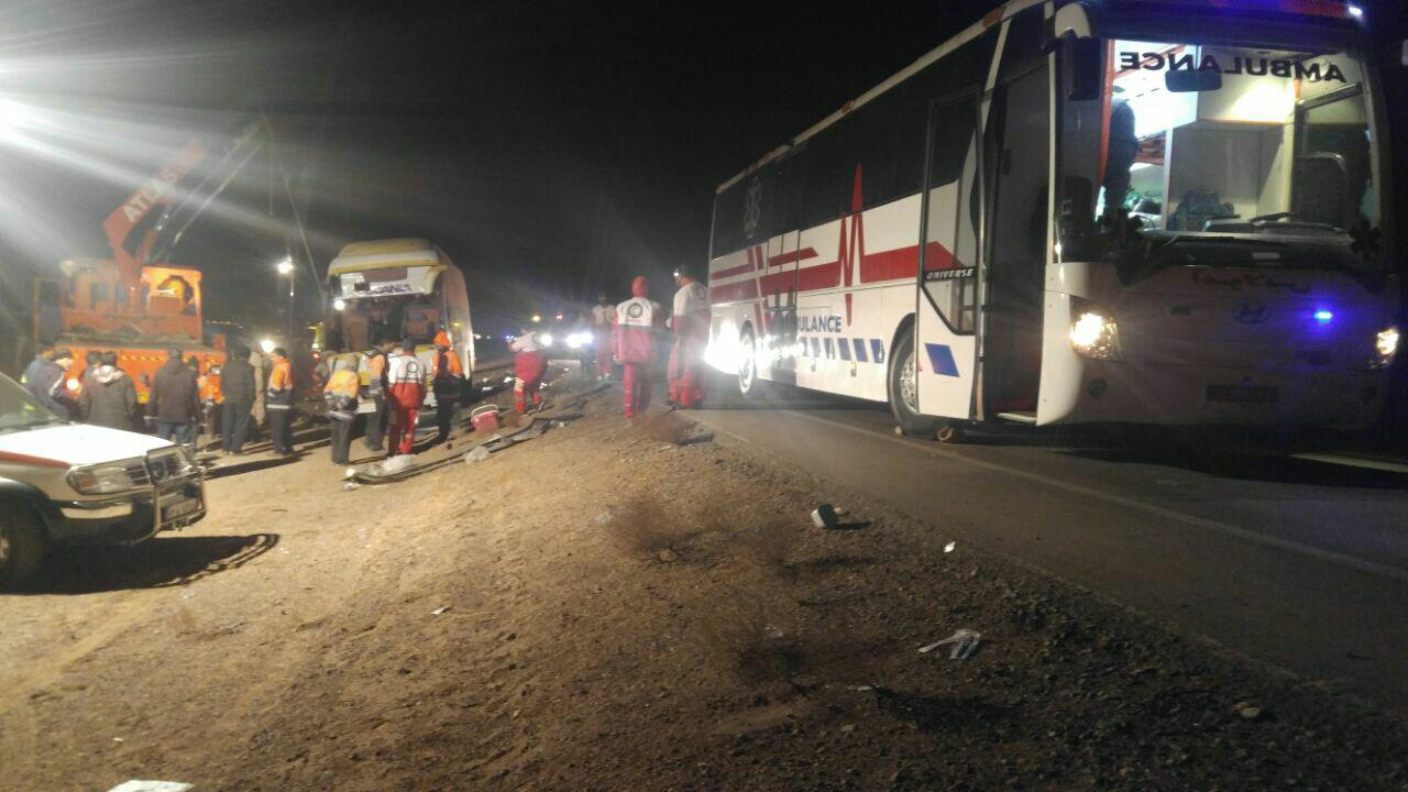 9 کشته و 25 زخمی بر اثر واژگونی اتوبوس در خراسان جنوبی