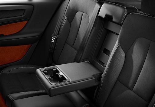 آیا ولوو XC40 بهترین SUV کامپکت جهان است؟