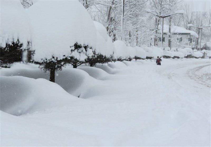 بارش نیم متری برف در سرعین (عکس)