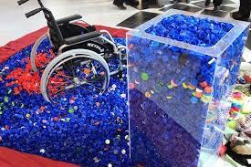 پلاستیک هایی که به ویلچر تبدیل می شوند