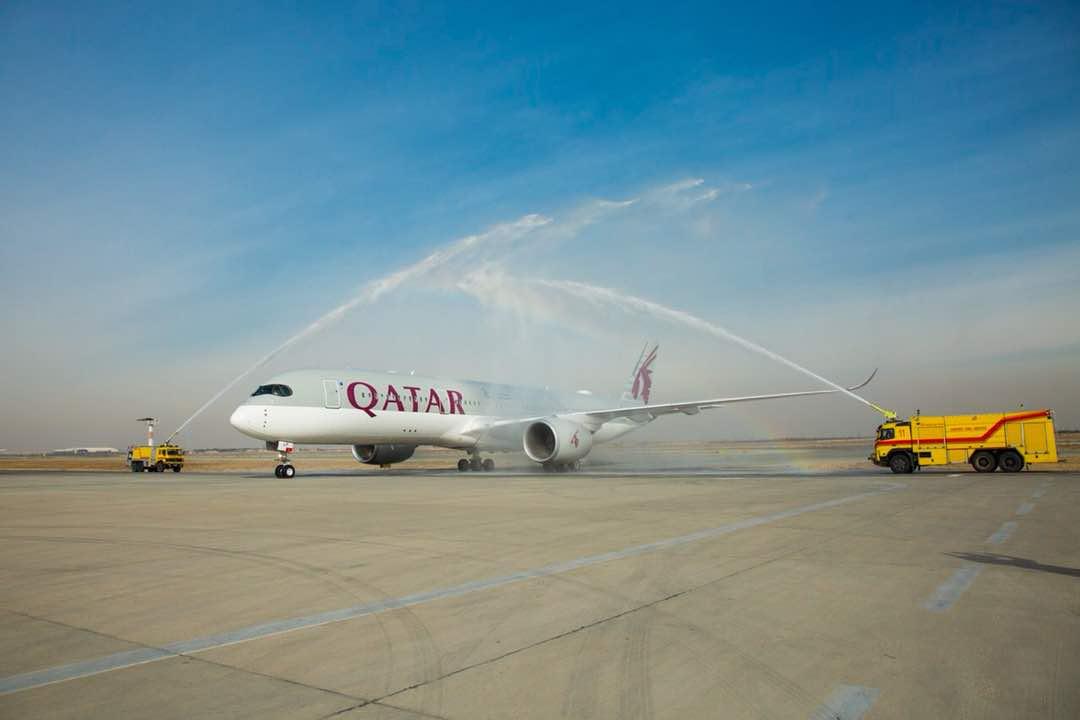 فرود اولین ایرباس 350 و بوئینگ 787 هواپیمایی قطر در ایران