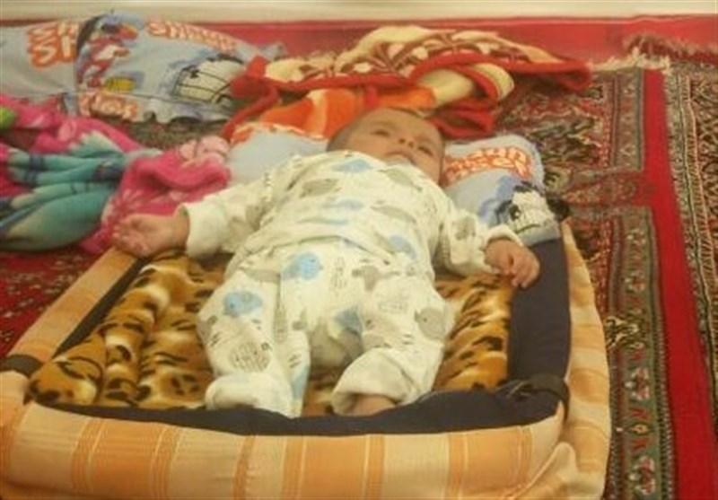 نوزاد 4 ماهه دومین قربانی سرمازدگی در منطقه زلزله زده کرمانشاه (+عکس)