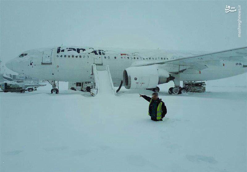 بارش نیممتری برف در فرودگاه امام خمینی (عکس)