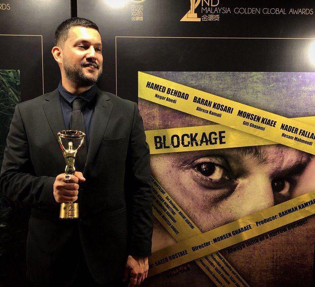 جابزه بهترین بازیگر مرد گلدن گلوبال در دستان حامد بهداد (عکس)