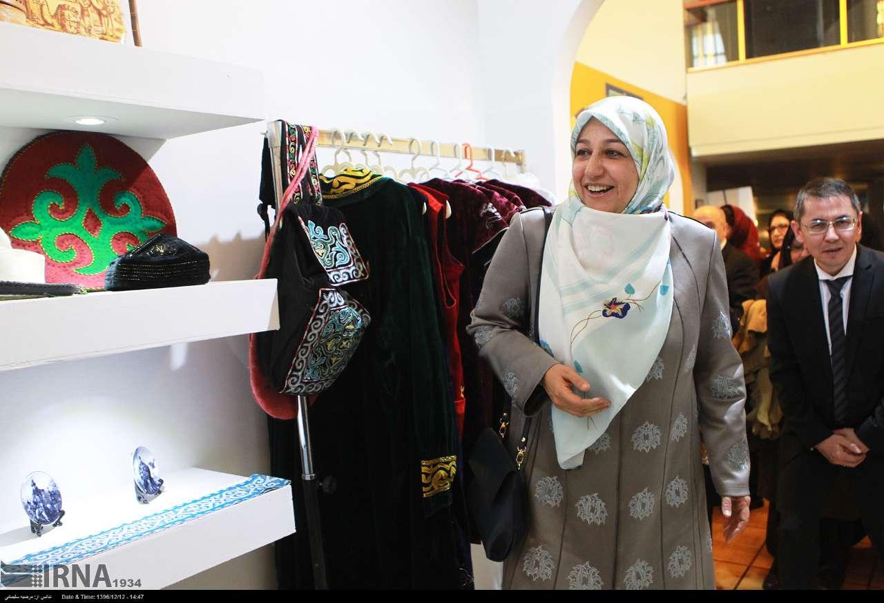 همسر ظریف در جشنواره مد و لباس (عکس)